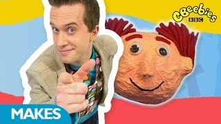getlinkyoutube.com-CBeebies: Mister Maker - Funny Fridge Magnet