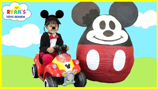 getlinkyoutube.com-Mickey Mouse Clubhouse GIANT EGG SURPRISE OPENING Disney Junior Toys Kids Video World Biggest
