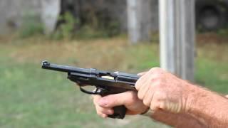 getlinkyoutube.com-Shooting the Walther P38 pistol