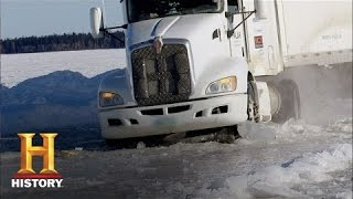 getlinkyoutube.com-Ice Road Truckers: Art Goes Through the Ice (S9, E7) | History