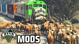 getlinkyoutube.com-Crazy Cows and Deadly Birds! - GTA 5 PC Mods (Animal Mods)