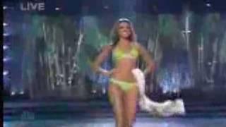 getlinkyoutube.com-lady gaga just dance miss universo 2008