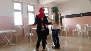 getlinkyoutube.com-Entarisi dım dım yar (Şerif Peri Anadolu Kız Teknik ve Meslek Lisesi)Gaziantep