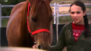 getlinkyoutube.com-Grand Galop Saison 3x18 - Tenir la distance