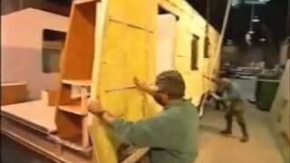 getlinkyoutube.com-Video cómo se hacen las autocaravanas