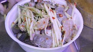getlinkyoutube.com-ลูกค้าล้นทะลัก!! ร้านยำบัตรคิวอร่อยเว่อร์ สุดแซ่บ ยำมะม่วงปูม้า สะพานพุทธ กรุงเทพฯ