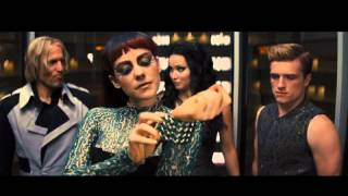 getlinkyoutube.com-The Hunger Games: Catching Fire- Elevator Scene (Johanna Mason)