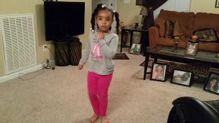 getlinkyoutube.com-5 year old dancing to the Whip & Nae Nae