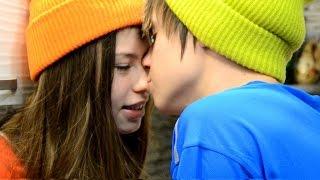 getlinkyoutube.com-Известные подростки отметили 10 лет отношений.  Даня и Кристи.