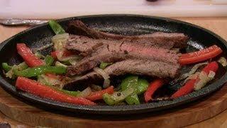 getlinkyoutube.com-Sizzling Steak Fajitas - Tex-Mex Style