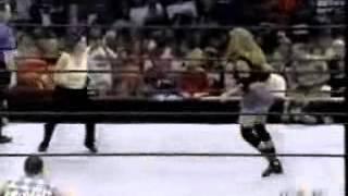 getlinkyoutube.com-08/2002 Smackdown Molly Holly vs Nidia