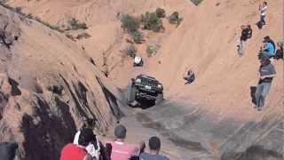 getlinkyoutube.com-Jeep Cherokee on Hells Gate Hells Revenge Moab Utah