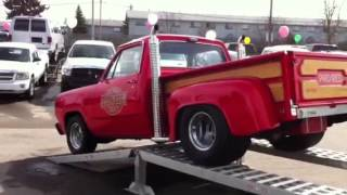 getlinkyoutube.com-1979 Dodge Little Red Express Truck