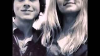 getlinkyoutube.com-Chandler Riggs and Hana Hayes