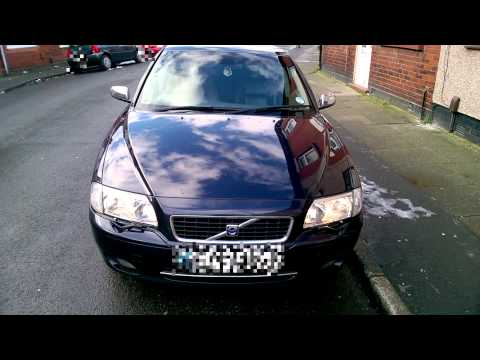 Volvo S80 headlight wipers in action
