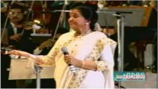 getlinkyoutube.com-Chura Liya Hai Tumne Live by Asha Bhosle