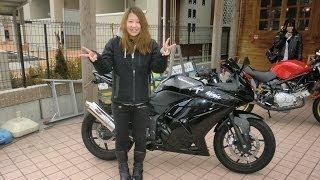getlinkyoutube.com-少女ライダー NASSERT-BEETサウンド 2012 Kawasaki Ninja 250R