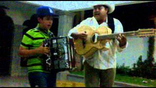 getlinkyoutube.com-Cornelio Vega y Cornelio Vega Jr. - Soy Su Amante Y Que