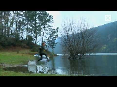 Amazing People Man Running On Water (Liquid Mountaineering)