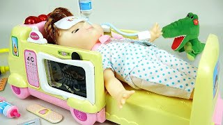 getlinkyoutube.com-Ambulance baby doll Doctor Pororo toys 콩순이 119병원놀이 와 뽀로로 겨울왕국 장난감