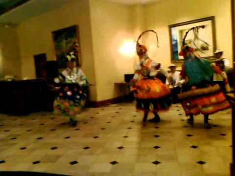 Panama folklore dance of the mirrors - thursdays night at Marrtiott Hotel 2011
