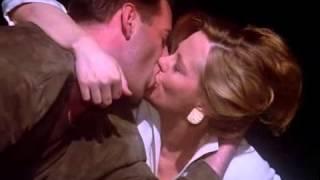 getlinkyoutube.com-Moonlighting - A Kiss With A Fist