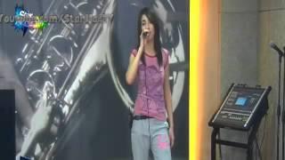 getlinkyoutube.com-سهيلة تتدرب على أغنية البرايم في المسرح