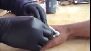 getlinkyoutube.com-A marca da besta na mão direita ou na testa