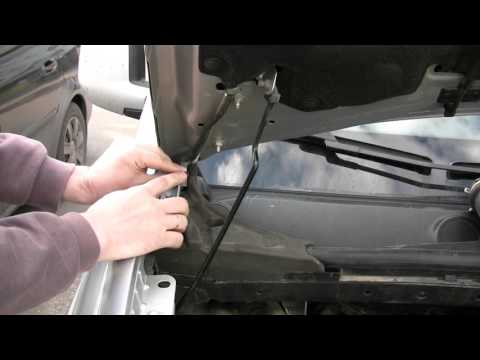 Замена омывающей жидкости (омывайки) Peugeot Partner Tepee