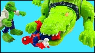 getlinkyoutube.com-Spider Man Playskool Heroes Marvel Super Hero Adventures Battle Lizard & Imaginext Walking Croc Toy