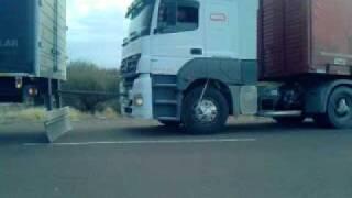 getlinkyoutube.com-ford cargo 1832 umillando!!!