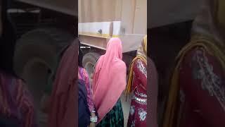 Kisi Bewafa Ki Khatir you Dil Ko Jara rahe hai