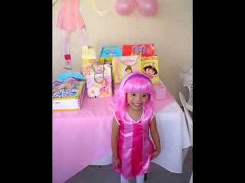 Video de makita y stephanie de lazy town en youtube