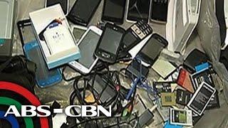 UKG: 10 tindero ng mga umano'y nakaw na cellphone, arestado
