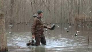 getlinkyoutube.com-Freakin' off the Chart Arkansas Green Timber Duck Hunt - Featherlite Decoys-