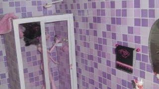 getlinkyoutube.com-Como fazer um banheiro (box e chuveiro) para boneca Monster High, Barbie e etc