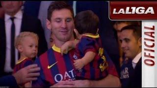 getlinkyoutube.com-Messi y Neymar con sus hijos en el túnel de vestuarios