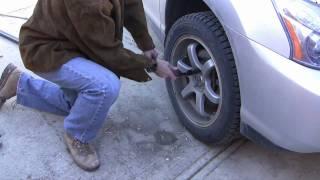 getlinkyoutube.com-How to loosen a stuck bolt by using a torque multiplier