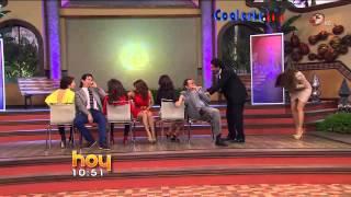 getlinkyoutube.com-Que colota tiene Galilea Montijo con sexy mini vestido ajustado se ve genial