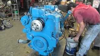 getlinkyoutube.com-Motor International DT-530 Navistar 300 HP electrónico 2005