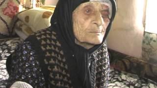 getlinkyoutube.com-CEA MAI BATRANA FEMEIE DIN SMEENI. (A murit in vara anului 2014)