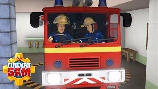 getlinkyoutube.com-Fireman Sam Official: Christmas Lights Cause Holiday Emergencies