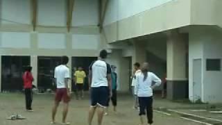 getlinkyoutube.com-Olahraga Tradisional Part V (Loncat Tinggi)