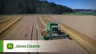 John Deere T560 combine - The Story of Theresa