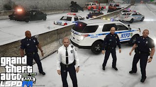 getlinkyoutube.com-GTA 5 LSPDFR 0.3 Police Mod 92 | NYPD Captain Supervisor Patrol | Snow Day | Blizzard 2016