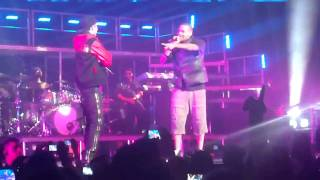 Justin bieber & chris brown en live à sydney - With you/look at me now