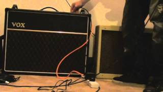 getlinkyoutube.com-Vox AC30 vs Fender Blues Deluxe