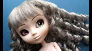 getlinkyoutube.com-Rechipping a Pullip with glittering eyechips