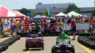 getlinkyoutube.com-Power Wheels Drag Race - Maker Faire Detroit