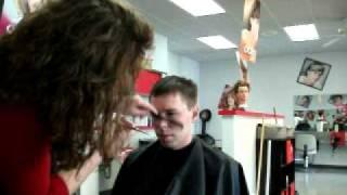 getlinkyoutube.com-Haircut Demonstration - Men's hair